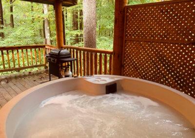 Shawnee Cabin - Hot Tub