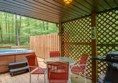 Black Bear Cabin Deck