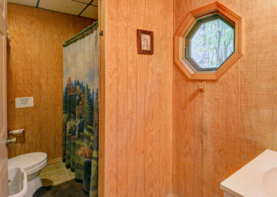 Black Bear Cabin Bathroom