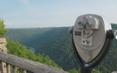 A Weekend Getaway at Cooper's Rock in the West Virginia Mountains