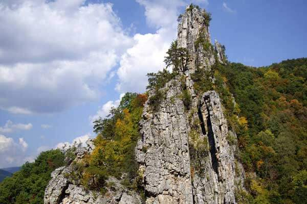 Seneca Rocks near Canaan