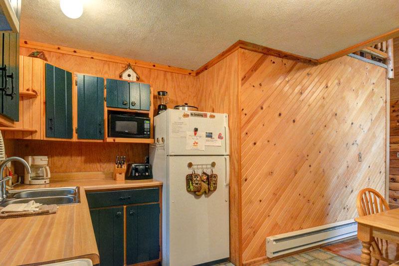 Cougar Cabin Mountain Creek Cabins