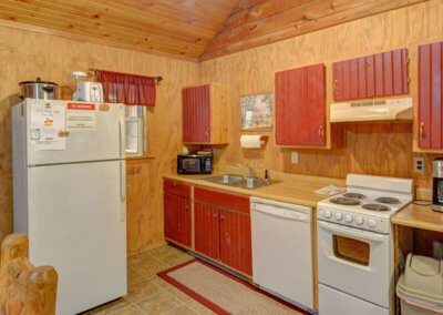 White Tail Cabin - Kitchen