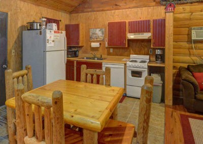 White Tail Cabin - Dining and Kitchen